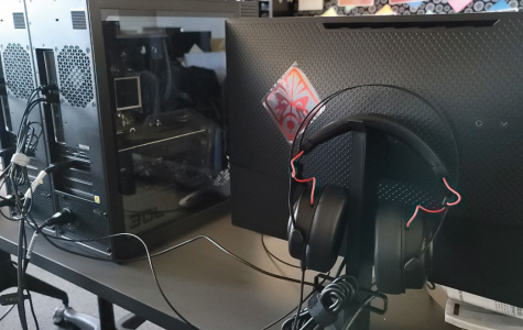 In addition to new computers, the team also received Omen brand monitors and headsets and Hyperx, MSi and War Falcon peripherals.